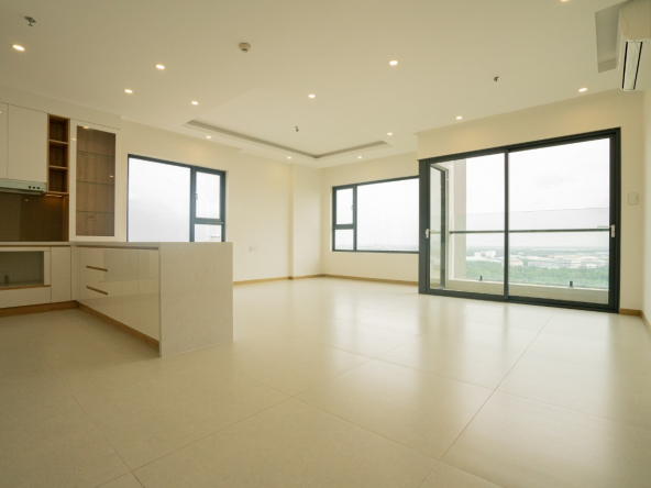FULL RIVER VIEW 3 BEDROOM APARTMENT IN NEW CITY