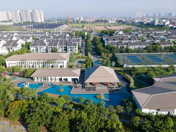 LUXURY VILLA UNFURNISHED IN MANSION-PARK CITY HA DONG ( 4 storeys with elevator)